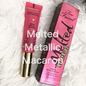 Too Faced Melted Metallic Macaron